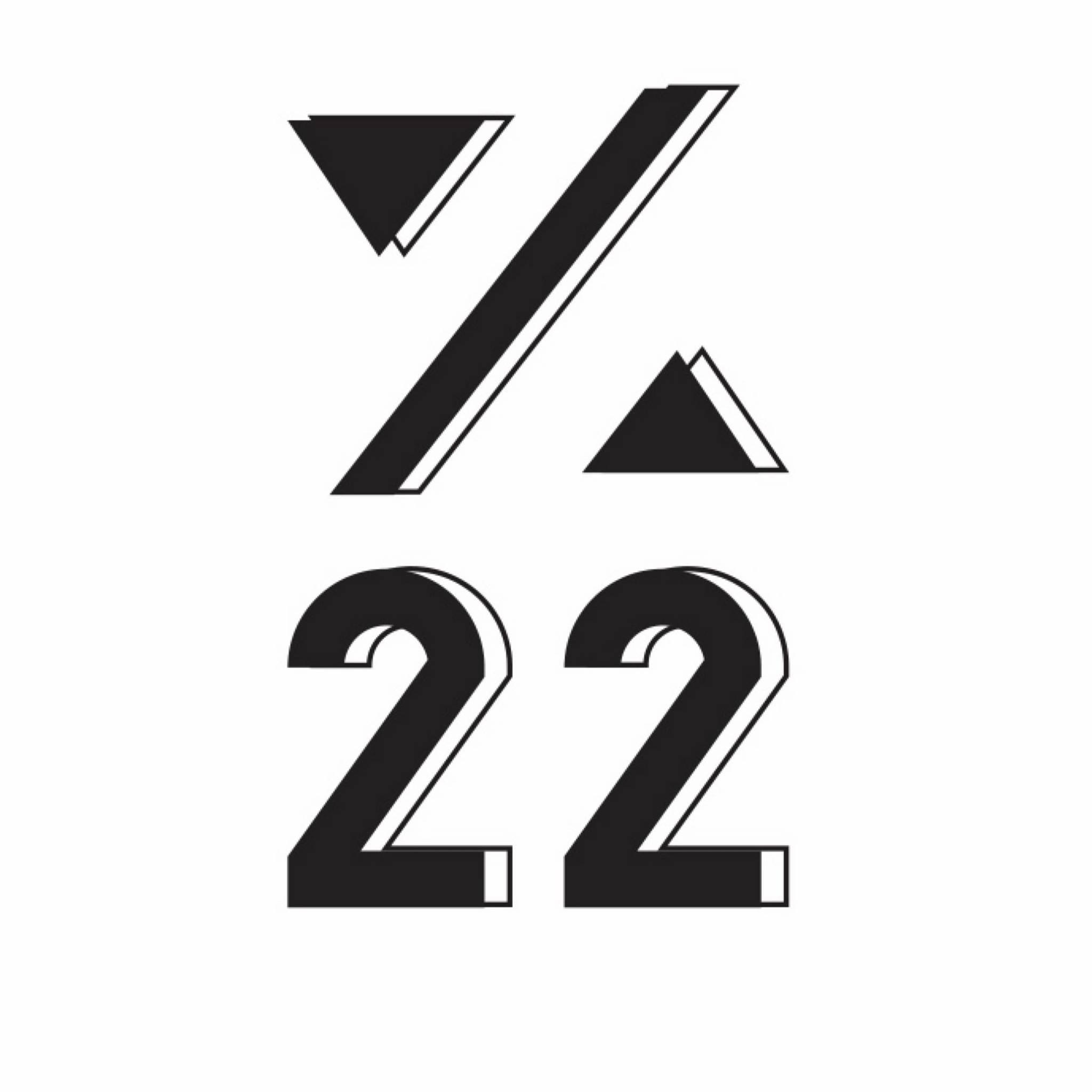 %22 Premium Smoothie & Tea logo